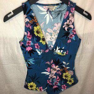 (NEW) GUESS blue floral v-neck bodysuit
